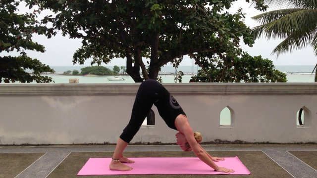 Yoga – active balance & breathing