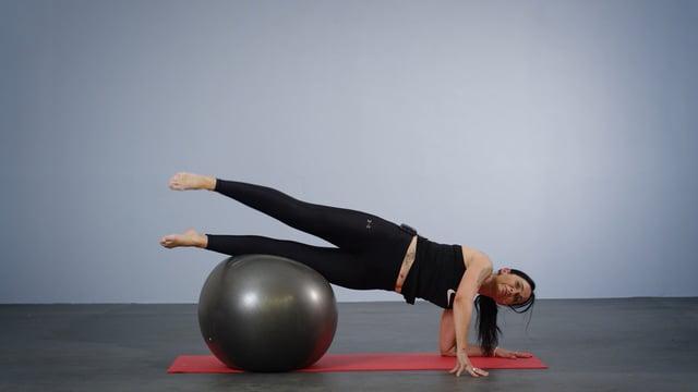 Trening med Pilates stor ball for bedre balanse